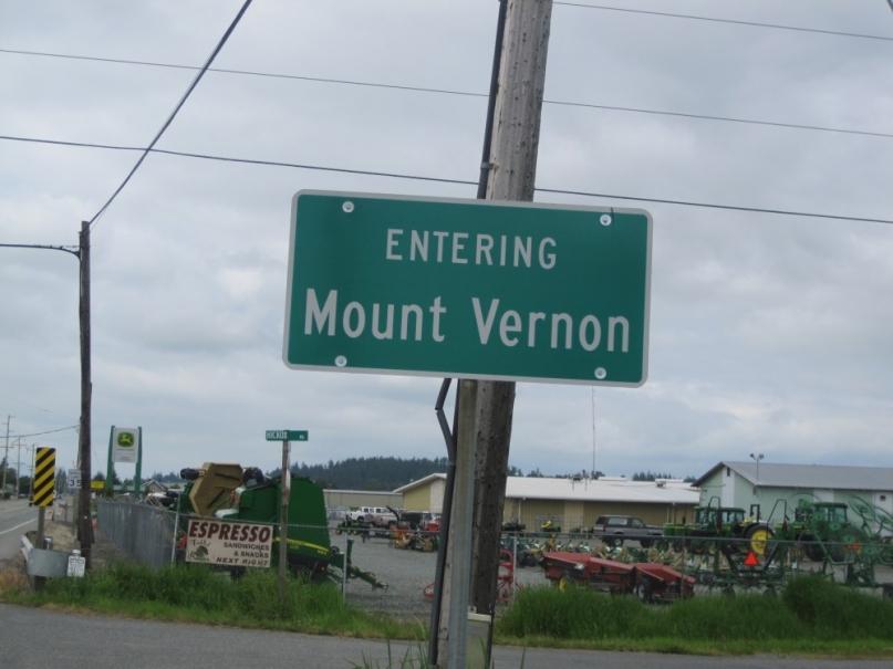 Entering Mount Vernon sign