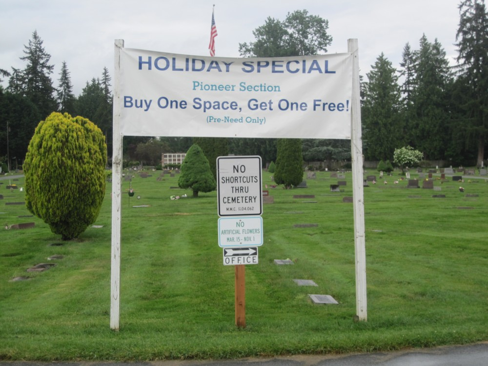 Holiday special graveyard