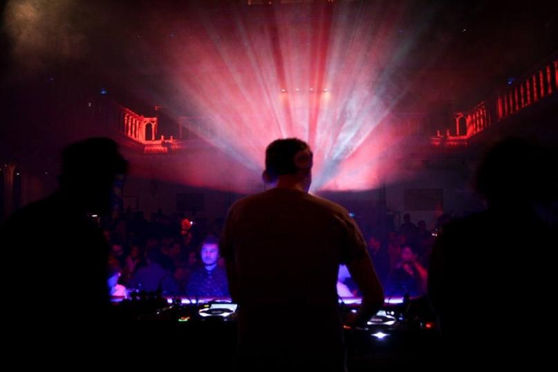Paradiso Amsterdam DJ lights