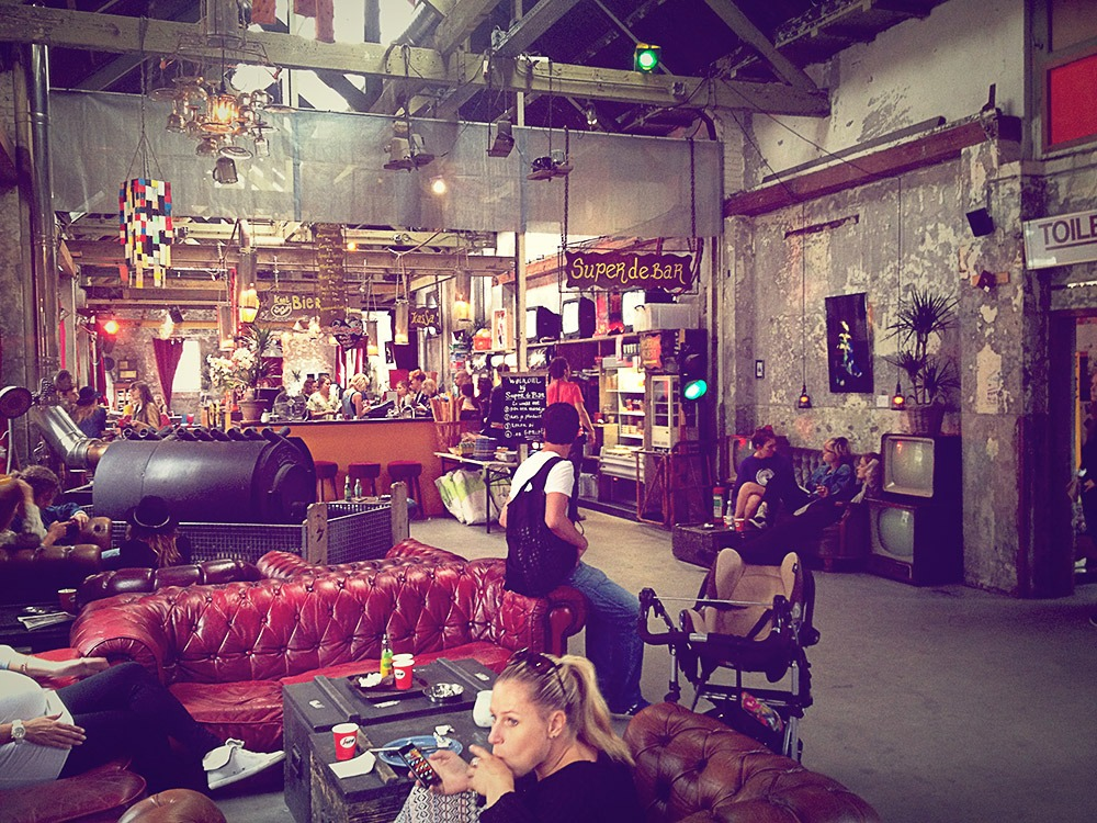 15 cafés in Amsterdam for a decent cup of coffee ⋆ Victor's Travels