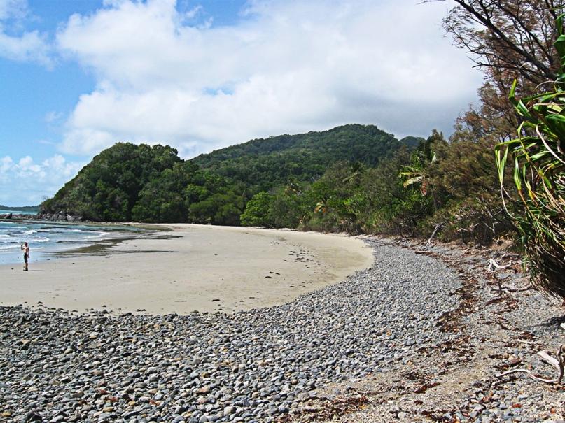 Cape tribulation rocky beach