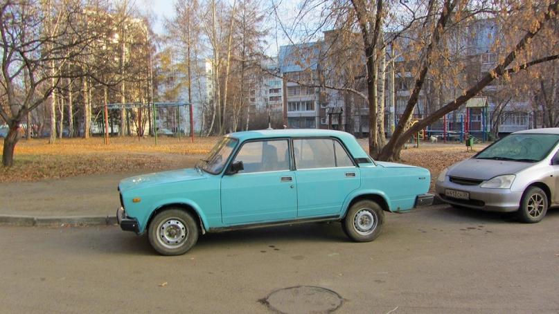 A blue Lada in Irkutsk