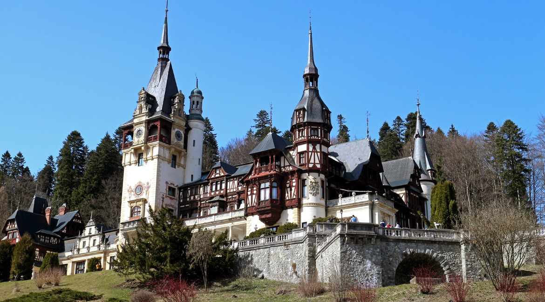 Peleș castle, Romania: less dracula, more charm ⋆ Victor's ...